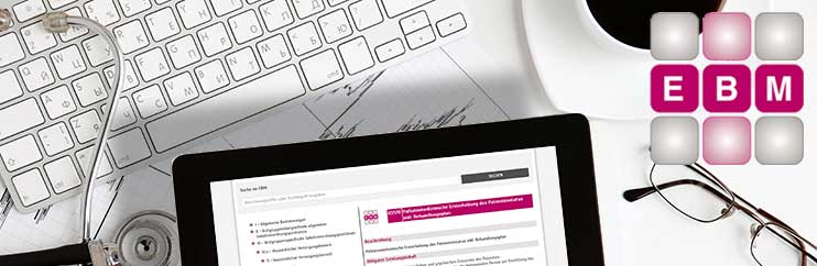 Tablet-PC mit EBM-Anwendung an einem Arzt-Arbeitsplatz.  Foto: Denys Prykhodov/thinkstock