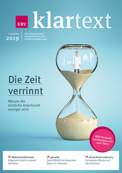 Titel KBV-Magazin Klartext - Medikamenten-Kapsel symbolisiert Antibiotikum