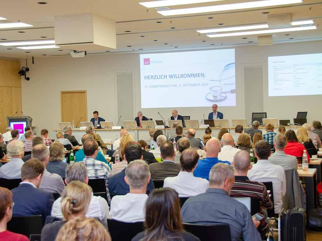 Mehr als 175 Interessierte verfolgten die diesjährige Veranstaltung. ©KBV/Funke