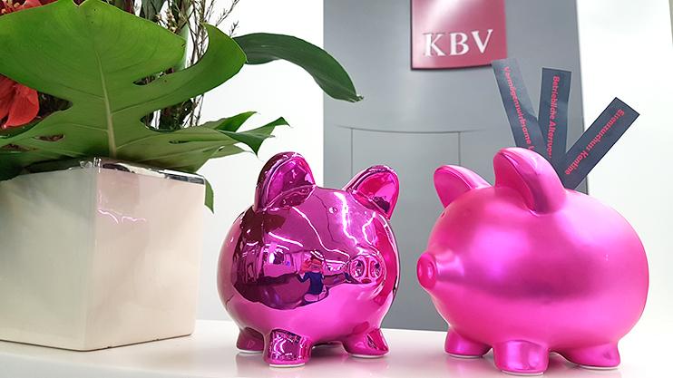 Neben den Zuschüssen zu Essen und Öffis-Ticket bezuschusst die KBV auch die vermögensiwrksamen Leistungen und eine betriebliche Altersvorsorge.